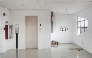 ¿Qué requisito de inspección debe cumplir el ascensor de mi comunidad?